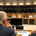 Cláudia Monteiro de Aguiar em reunião com Michel Barnier